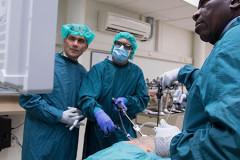 Chirurgen uit 14(!) landen in UMCU voor 2 dagen training robotchirurgie
